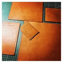 AFRICANBOYZCLUB - Set de Bureau en cuir, Leather desk set, desk set leather, cadeau de noel, christmas gift, cadeau de noel luxe, cadeau noel haut de gamme - Set de bureau