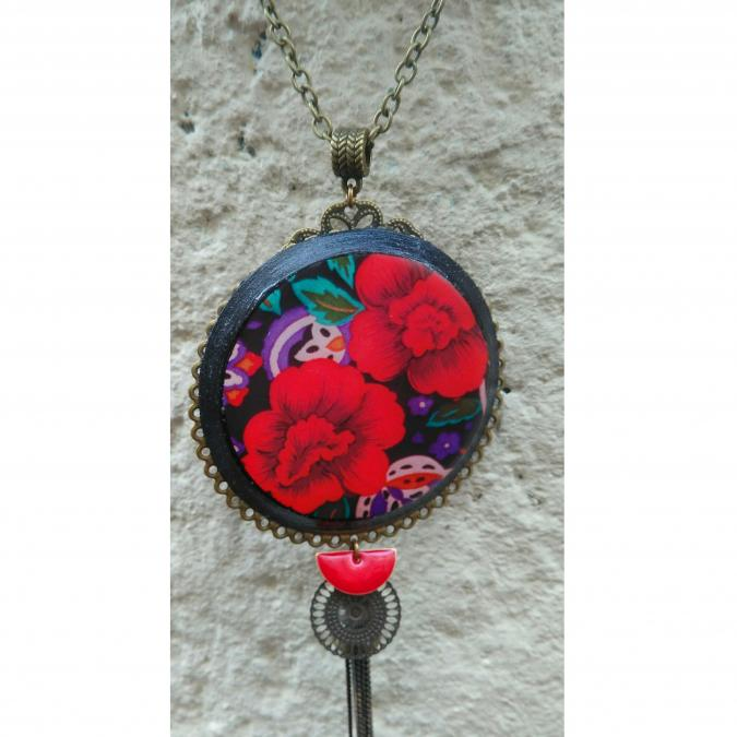 Atelier des merveilles - Collier fleurs bohèmes rouges - Collier - Résine