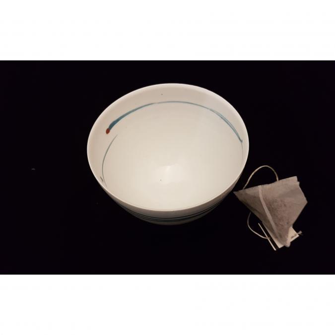 Atelier Céramique Laurence Thomas - Bol à thé - porcelaine - Bol - blanc filet bleu