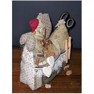Ateliermarilo - Poule de couture 2 - Poule de couture