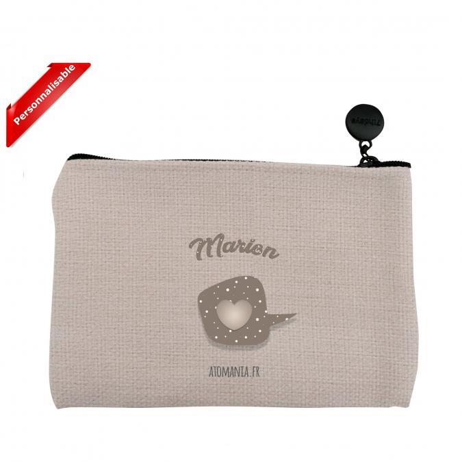 Atomania - Merci pour Tout !  / Pochette Atomania  personnalisable au prénom de votre choix / Pochette en lin lavable. Format 10 x 15 cm. Beige. Fermeture éclair. - ___pochette
