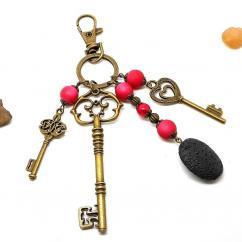 Breloques et cie - A parfumer! Bijou de sac clés perles rouges - Porte clé