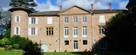 Château de Champ-Renard - Domaine viticole depuis 1765 avec une offre de Beaujolais et de Bourgogne