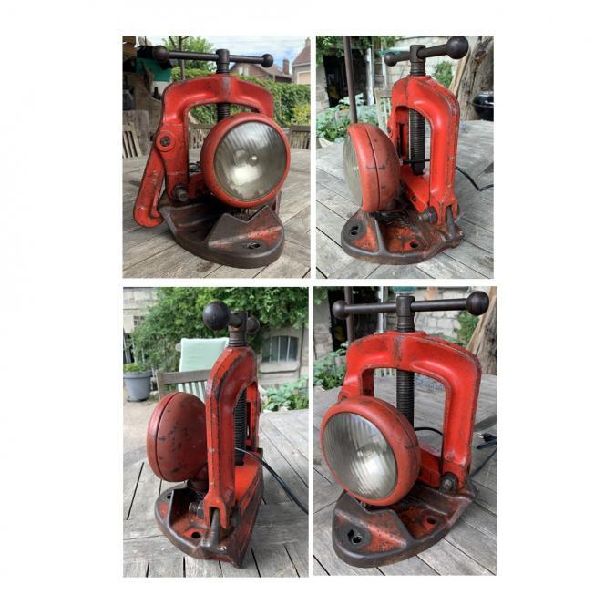 CREALAMPES - Lampe UPCYCLING Etau rouge - Lampe d'ambiance