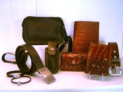 Cuir et Carnets - Création de sacs, besaces, pochettes, ceintures, porte-monnaie... en cuir pour Elle ou Lui..