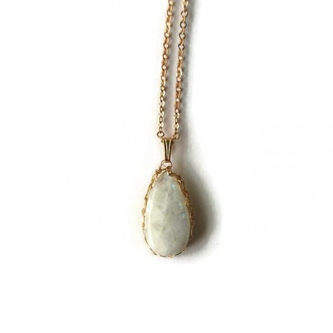 Dekalyna - Pierre de lune pendentif en plaqué or pièce unique - Pendentif