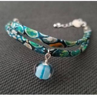 Emilie Roze - Bracelet liberty bleu vert avec une perle bleue - taille Moyen - Bracelet - Verre