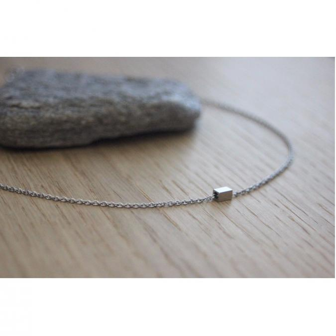 EmmaFashionStyle - Collier acier inoxydable avec perle tube carrée - Collier - Acier