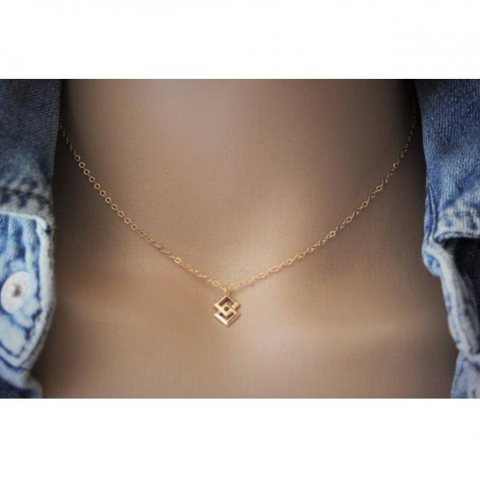 EmmaFashionStyle - Collier pendentif géométrique 2 carrés en or Gold Filled - Collier - Or (gold filled)