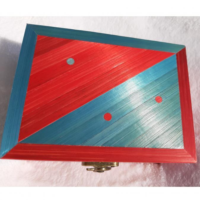 Farfeline - Boite en maqueterie de paille rouge & bleue - Boite