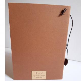 Farfeline - Carte motif perforé coeurs - camel & crème - Carte de voeux