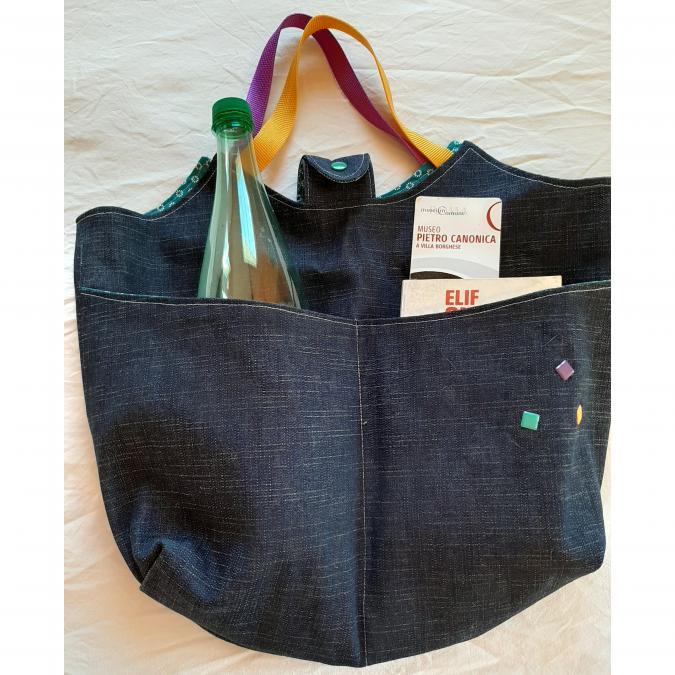 Farfeline - Grand sac multi-usage - jean & décos métalliques colorées - ___Sacs