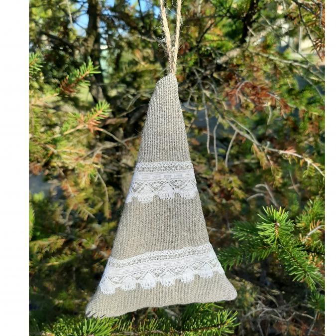 """Farfeline - Suspension - forme sapin - lin dentelle """"géométrie"""" - décoration de noêl"""