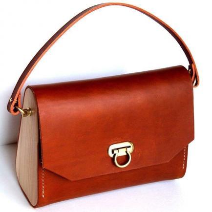 Fibre de Bois - Création de sacs et accessoires uniques en cuir et bois