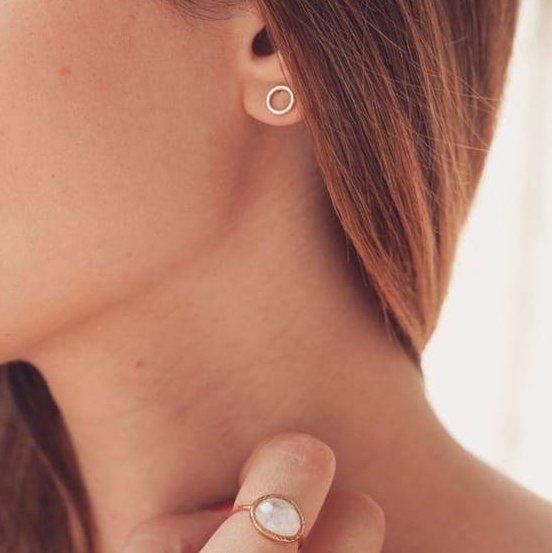 GISEL B - Puces Emy petit modèle - Boucles d'oreille - Plaqué Or