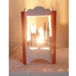 L'éveil du bois - LAMPE DE CHEVET EN BOIS NEW YORK - Lampe de chevet - ampoule(s)