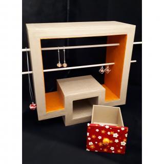 La chaise en carton - Rangement pour bijoux (copie) - Rangement
