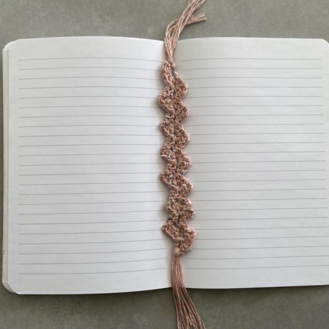 La Fée Crochette - Marque-Page Élégance - Marque-page