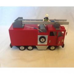 La boite à kdo - Camion pompiers - jouet en bois