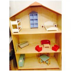 La boite à kdo - Maison de poupées - jouet en bois