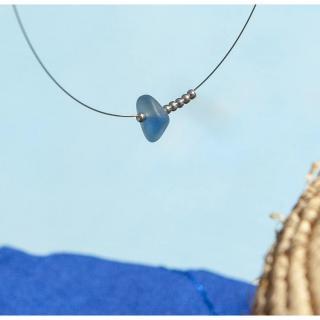 Bijoux l'Art de recycler - Collier verre de mer - Collier - verre bleu pétrole