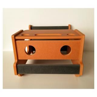 L'artisan du meuble ROLLAND - Bureau enfant bois orange - jouet en bois
