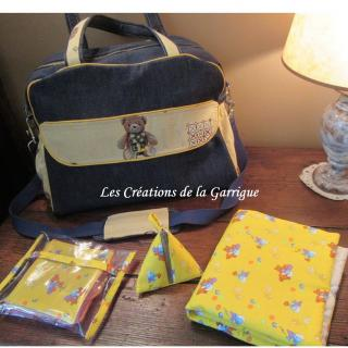 Les Créations de la Garrigue - Sac à langer mixte avec ses accessoires - Sac à langer