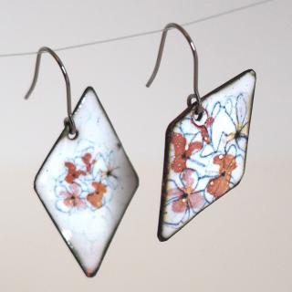 """Marion Freyre - """"C'est le printemps"""" - Boucles d'oreilles en émail sur cuivre, motif floral - Boucles d'oreille - Email"""