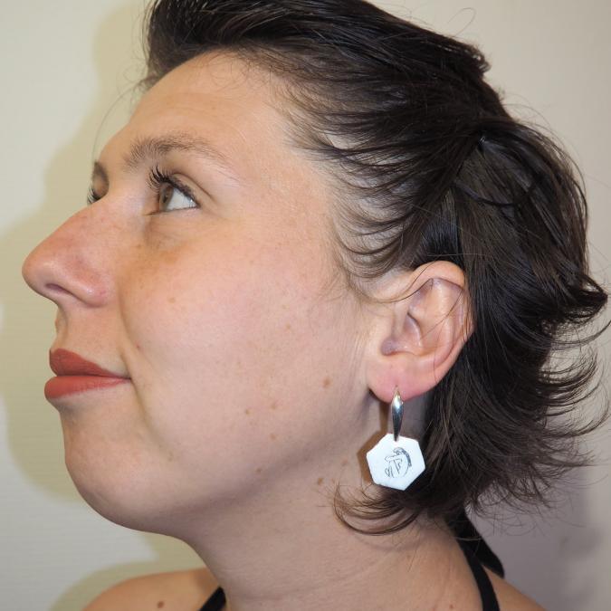 """Marion Freyre - """"Corps à corps"""" - Boucles d'oreilles en émail sur cuivre - Boucles d'oreille - Email"""