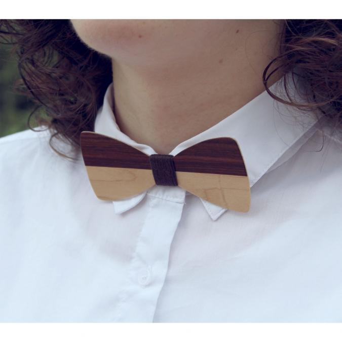 MARQUETERIE-49 - Pour femme : noeud papillon bicolore en bois - Noeud papillon