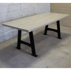 Métal et Bois - Table en planches de chêne blanchies / Piétement acier en A - Table -