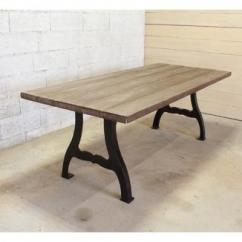 Métal et Bois - Table industrielle en sapin vieilli / grisé - Table -