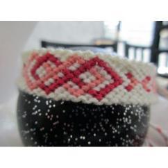 Passion-bracelet - Bracelet brésilien infinity enlacé nuance de rose sur fond blanc - Bracelet - Coton