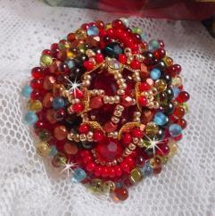 Patricia Wagner Créations - Bague Mia avec un cabochon Baroque/Vintage rubis et des perles de qualité - Bague - perles brodées
