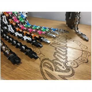 Roadstrap - Bracelet Femme Noir & Blanc en chaîne de distribution pour les attaché(e)s de Moto / Vélo - Bracelet - Acier