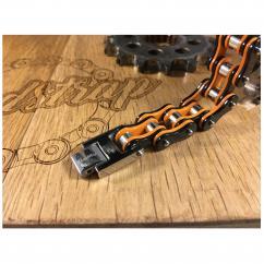 Roadstrap - Bracelet Man Silver & orange en chaîne de transmission pour les attaché(e)s de Moto - Bracelet - Acier