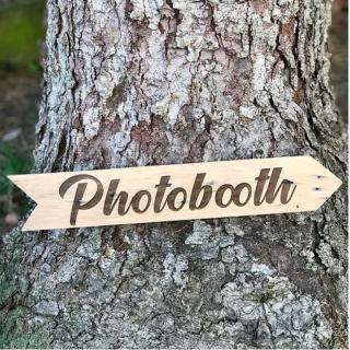 Sacdenoeud - Flêche en bois recyclé Photobooth 30*40 - Panneau directionnel