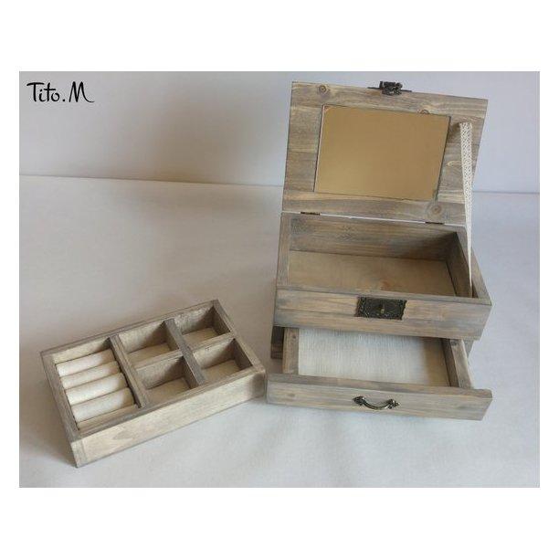 Tito. M - Boîte à bijoux gravée – « Luc » - Boîte à bijoux