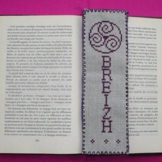 Ty cath créas breizh - Marque-pages Triskell BZH brodé à la main - Marque-page
